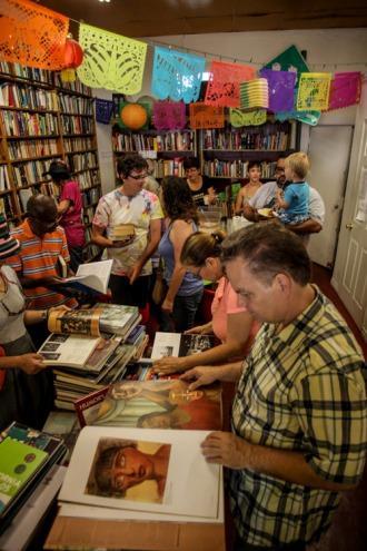 4th Aniversario 2014 - Libros Schmibros - photo #155