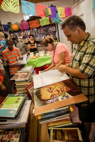 4th Aniversario 2014 - Libros Schmibros - photo #156