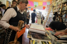 4th Aniversario 2014 - Libros Schmibros - photo #263